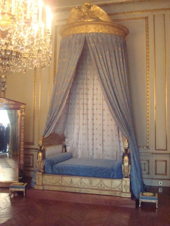 Decorating French Empire Style Bedrooms Decor Royal Bedroom Bed Styling Decorating french empire style bedrooms
