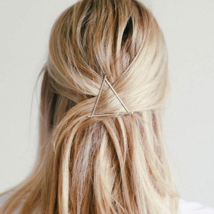 Dreieck Haarklammer In Silber Jetzt Bei Www Schmuckpiraten Ch Bestellen Frisur Ideen Coole Frisuren Frisur Hochgesteckt