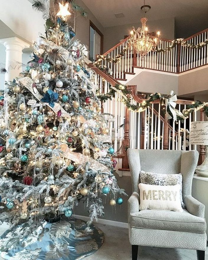 🎄60 Gorgeously Decorated Christmas Trees From The Gram