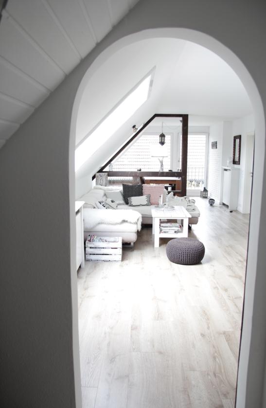 wohnung renovieren: vorher nachher | dachgeschosswohnung ... - Dachwohnung Im Skandinavischen Stil