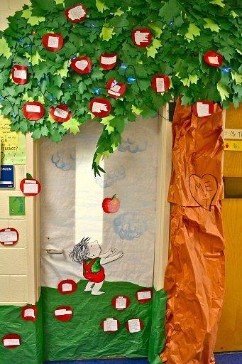 #decoration #classroom #morning #crafty #ideas #fall #door #for #theFall Door Decoration Ideas for the Classroom - Crafty Morning #falldoordecorationsclassroom