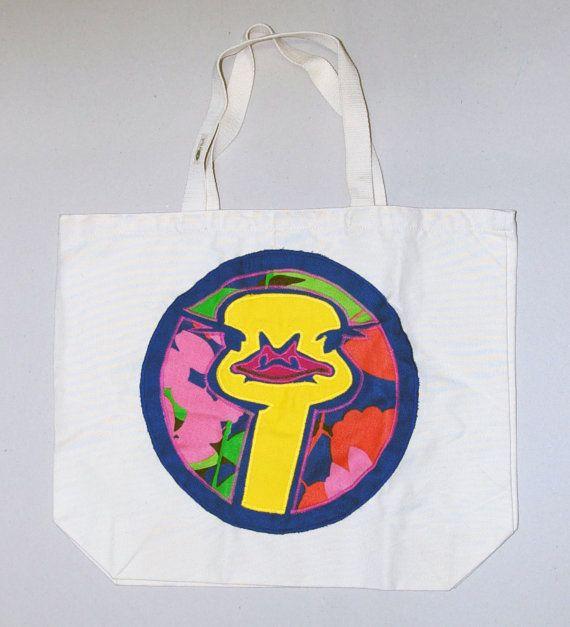 vrolijke kleurrijke canvas tas met applicatie van door VrijFormaat