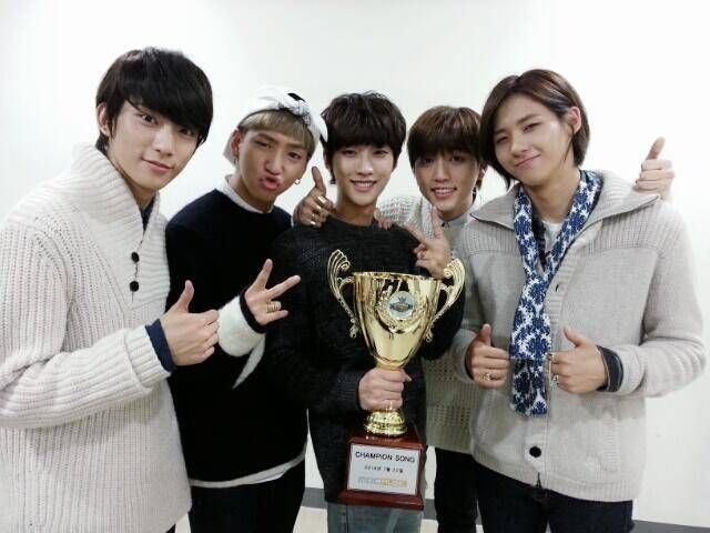 B1a4 Wins On Show Champion With Lonely B1a4 Dream Concert Running Man