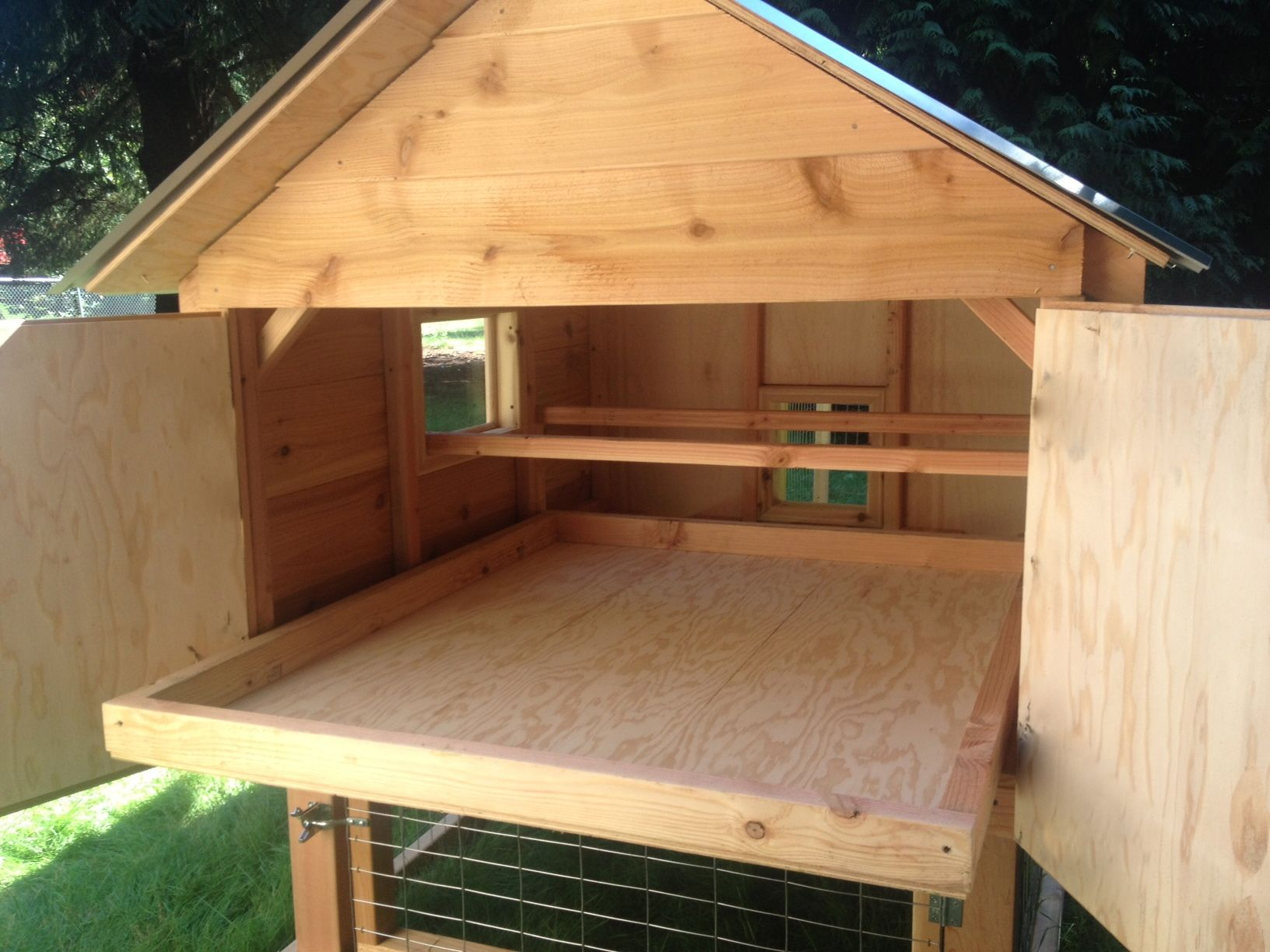 Chicken House top 25+ best inside chicken coop ideas on pinterest | chicken