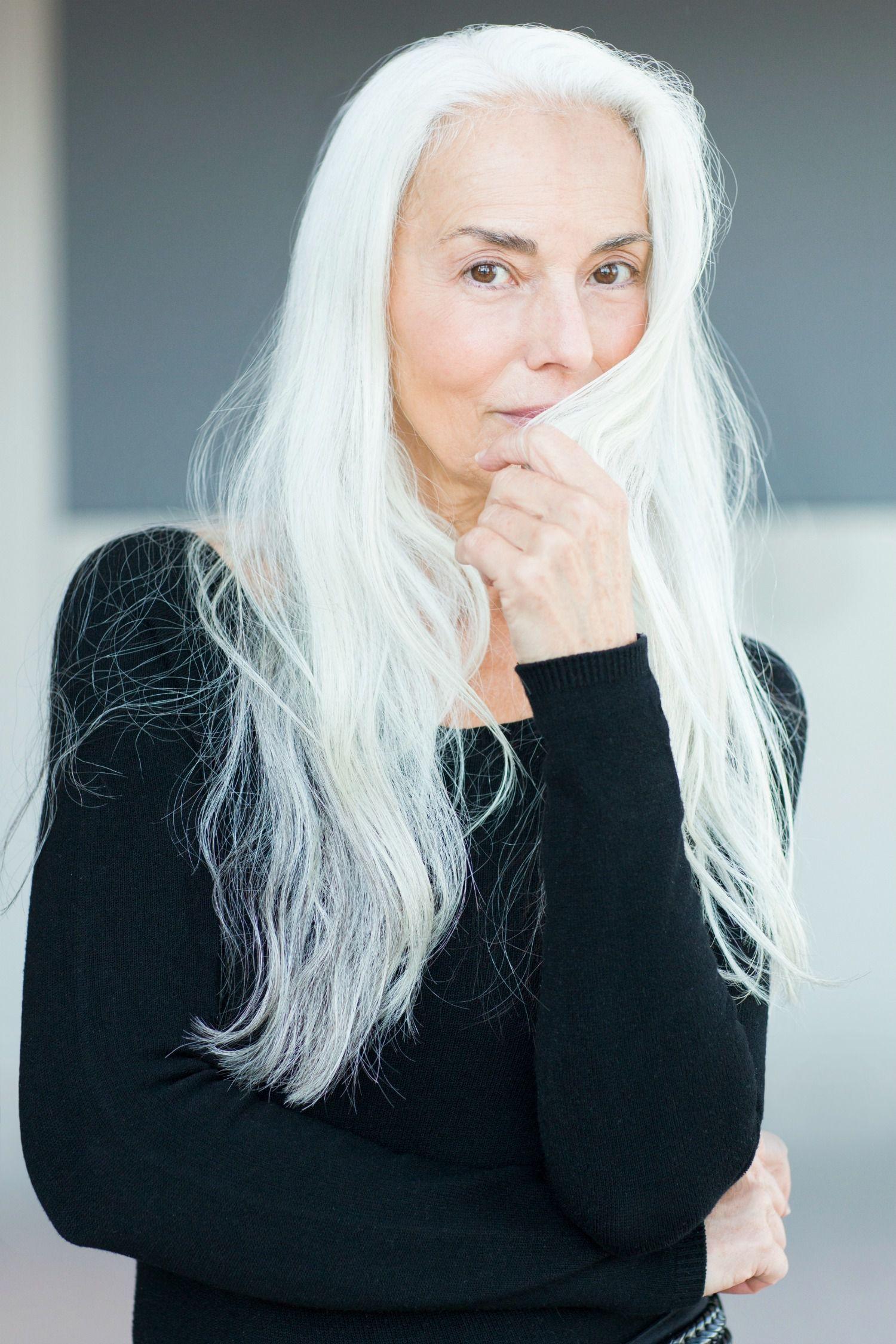 What It S Really Like To Be A 60 Year Old Bikini Model Long Gray Hair Beautiful Gray Hair Grey Hair Inspiration