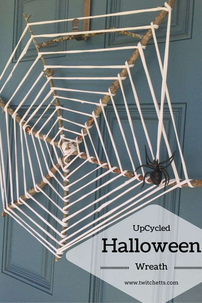 Create this fun UpCycled Wreath for your Halloween Decor - create halloween decorations