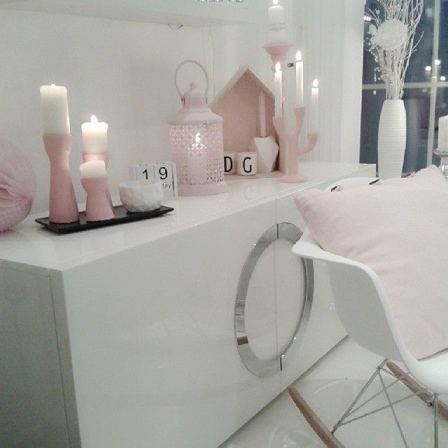 pale pink and white interior
