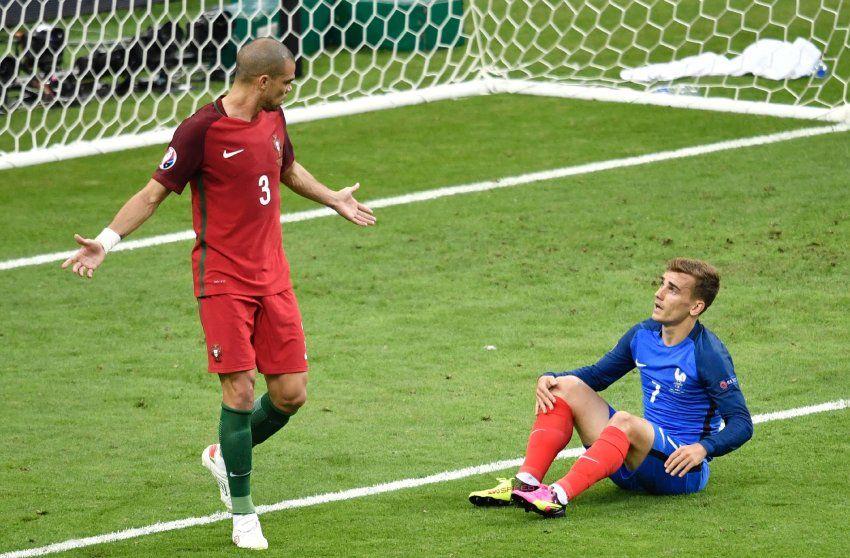 Pepe, Abwehr : Nach seiner Pause im Halbfinale wieder fit und ganz Pepe....