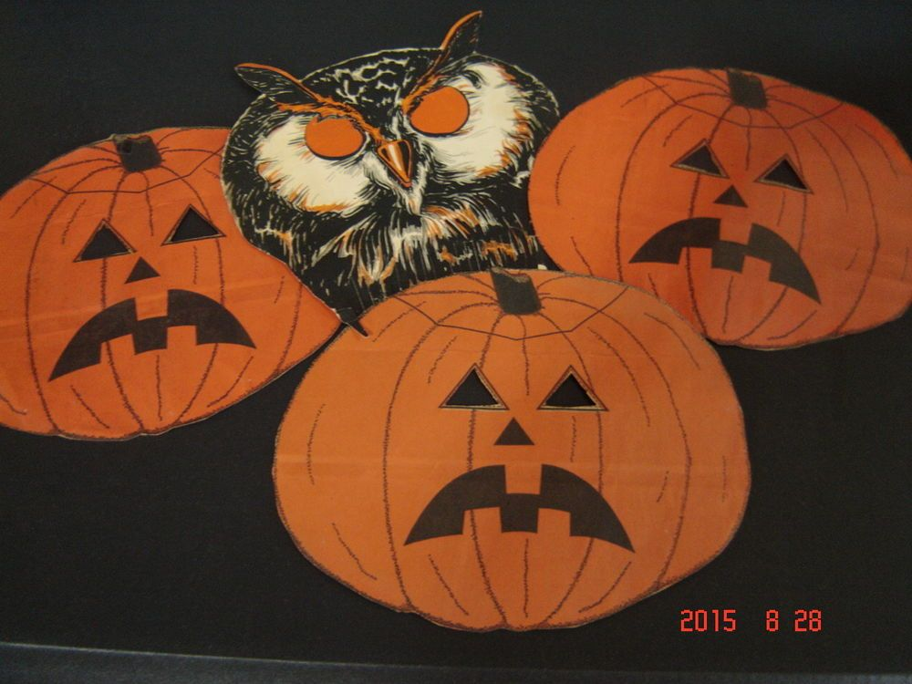 Lot of Vintage Home-Made Halloween Decorations/Placemats/Owls/Jack O - halloween decorations vintage