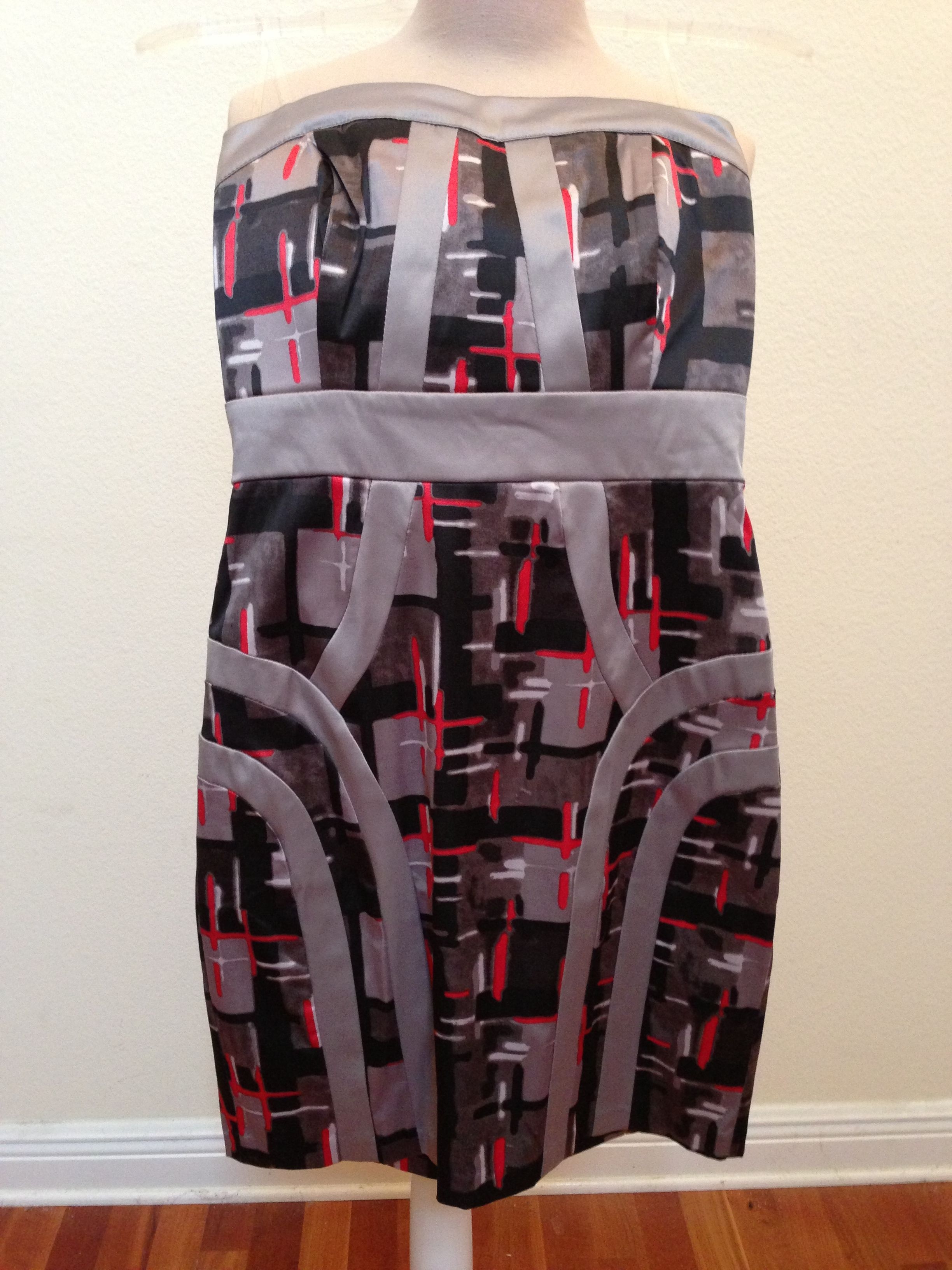 Grey multicolor strapless dress M