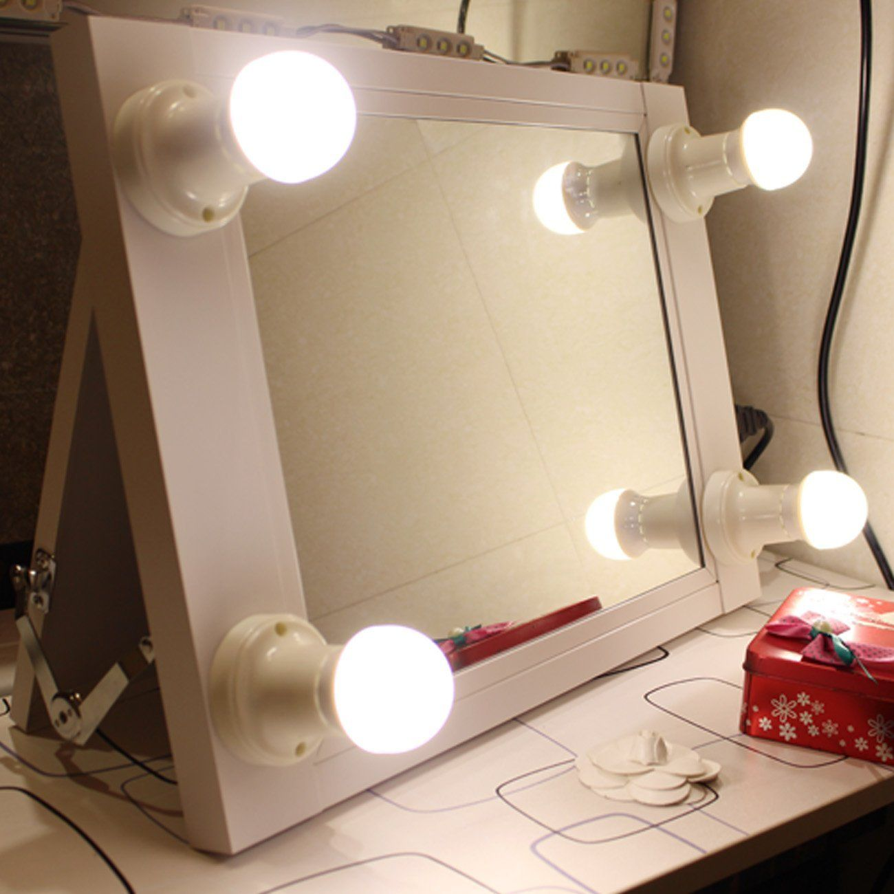 White Hollywood Makeup mirror with lights