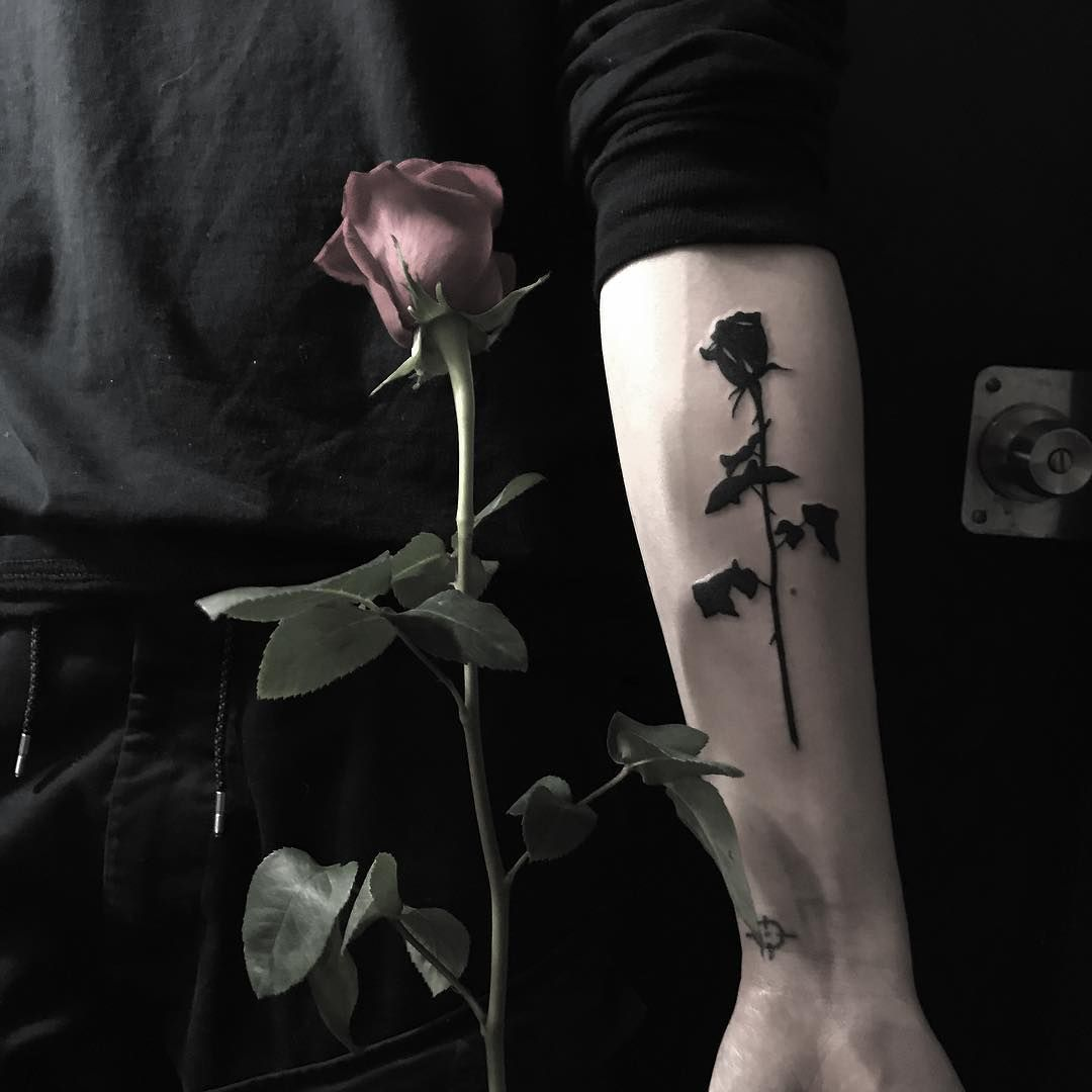 Rose Tattoos Designs For Men And Women Rose Tattoo Meaning September 2019 Black Rose Tattoos Black Tattoos Wolf Tattoo Design