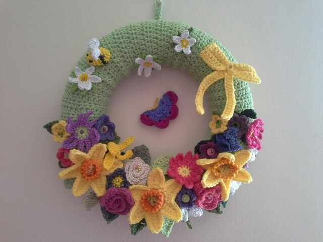 Photo of Crochet Spring wreath made for a friend …
