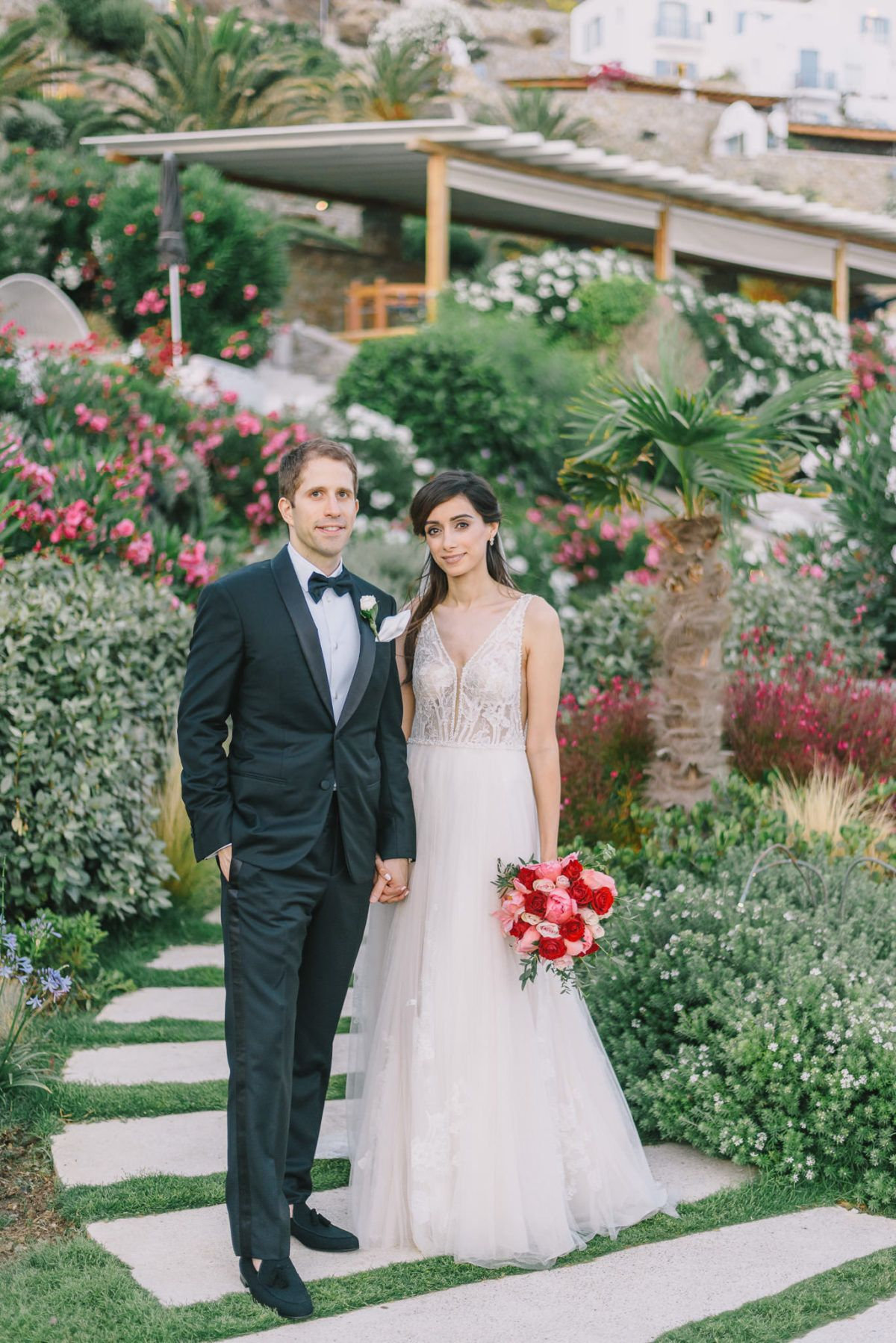 A Luxury Multicultural Wedding At Santa Marina Resort Villas In Mykonos Multicultural Wedding Marina Resort Chicago Wedding Venues