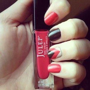 Julep manicure. #julep #julepmysterybox  #nails #manicure #debra #olivia #rose #accentnail
