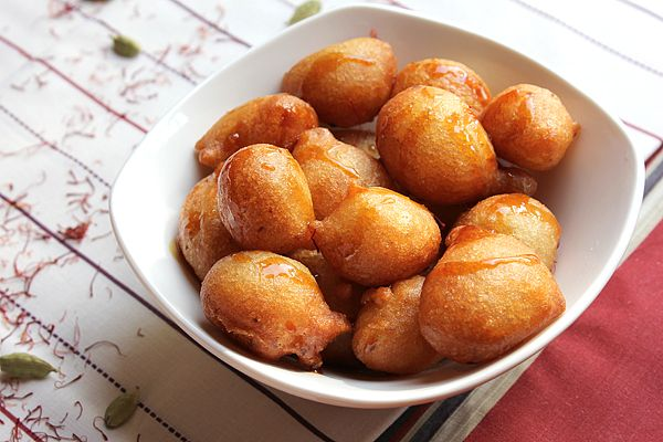 Luqaimat - لقيمات- is a well-known dessert between Arabs ...