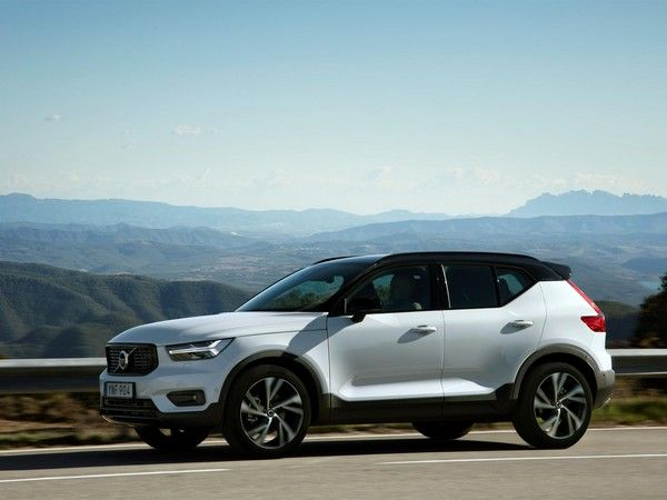 This Week In Car Buying Strong Results From Holiday Sales Volvo Volvo Cars Top Luxury Cars