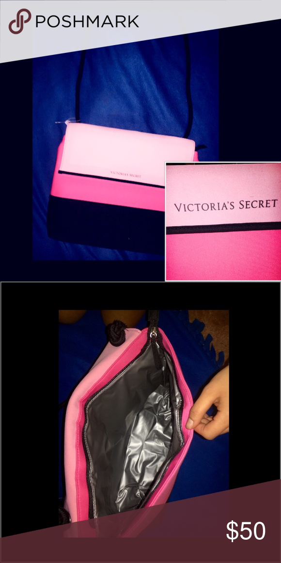 Victoria's Secret insulated tote Perfect condition! Victoria's Secret Bags Totes