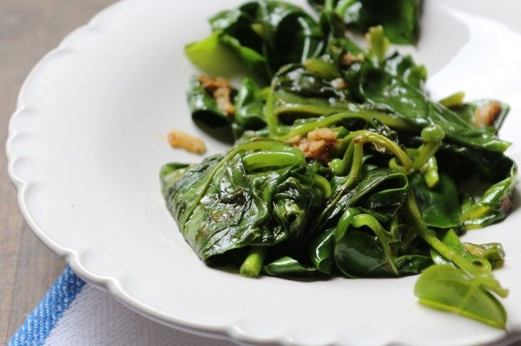 Garden-to-Table Recipe: Spicy Spinach from 66 Square Feet | Shawarma ...