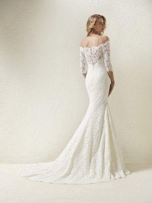 Off-the-shoulder wedding dress | Wedding dress | Pinterest ...