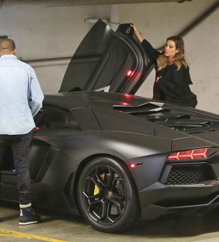 Put It On The Wall Kim Kardashian And Kanye Kim Kardashian Kanye West Kardashian Cars