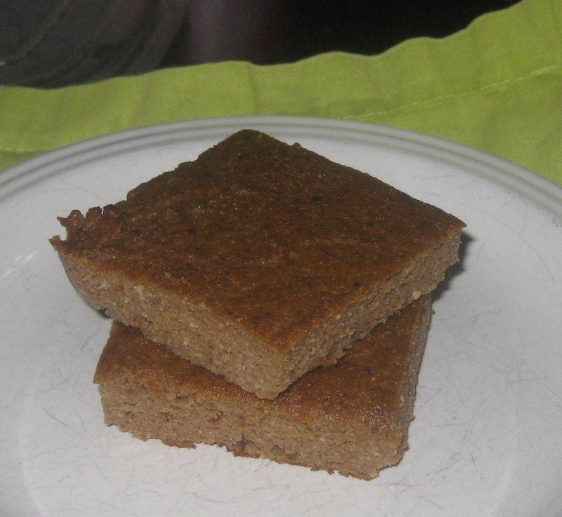 Coconut Flour Pumpkin Bars: THM (S) Pumpkin Ginger Bars: 1 C Almond Flour 1/3 C