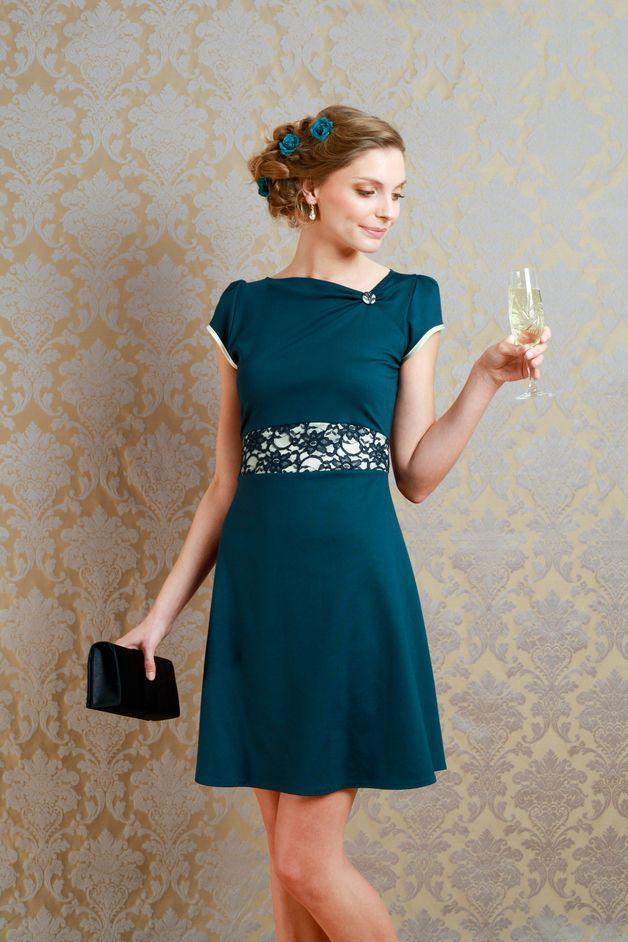 Elegante kleider petrol