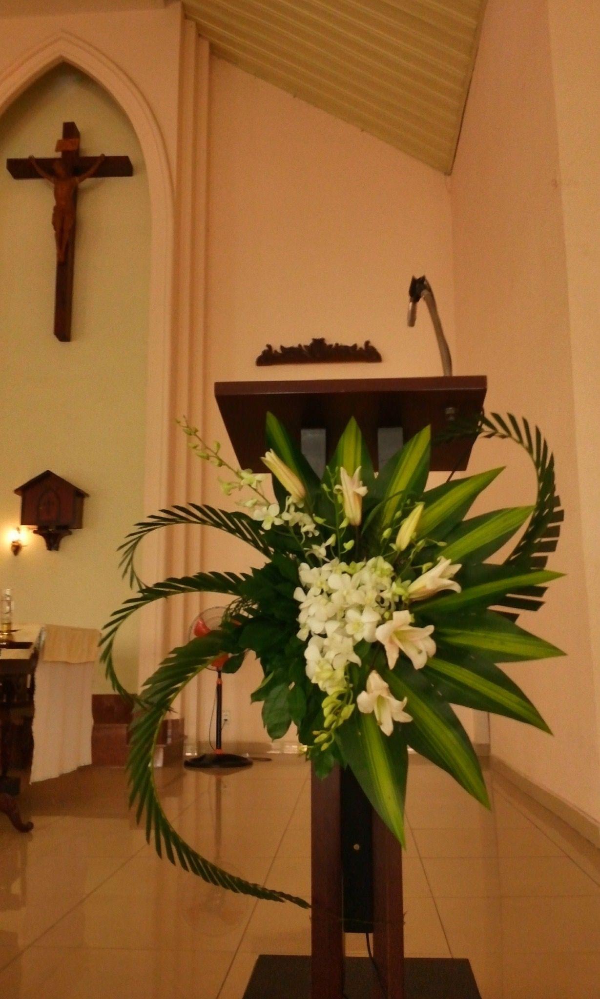 Dekorasi Natal Rangkaian Bunga Dekorasi Natal Dekorasi Gereja Rangkaian bunga altar gereja