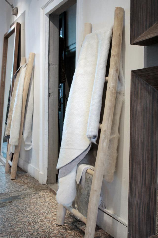 Use ladders - Meijer & Floor