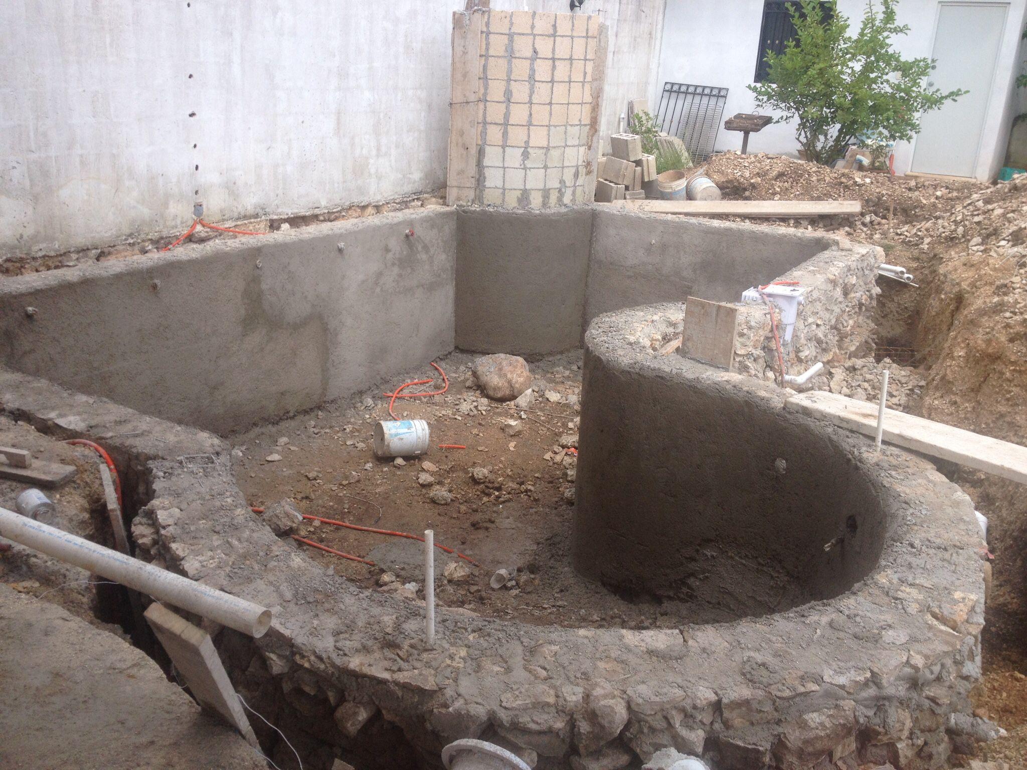 Construcci n de piscina con chukum alberca en sta f for Construccion piscinas