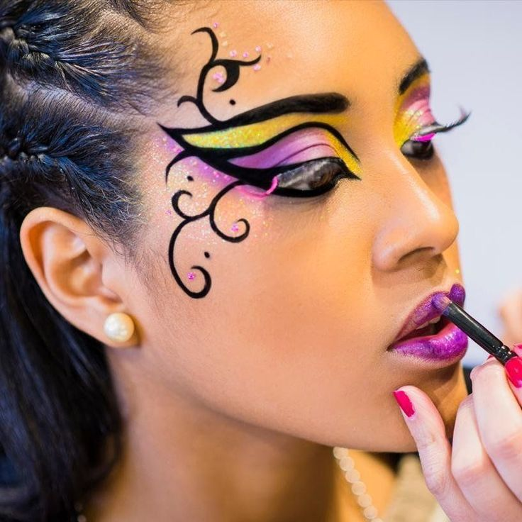 Карнавальный макияж фото работа для девушка екатеринбург