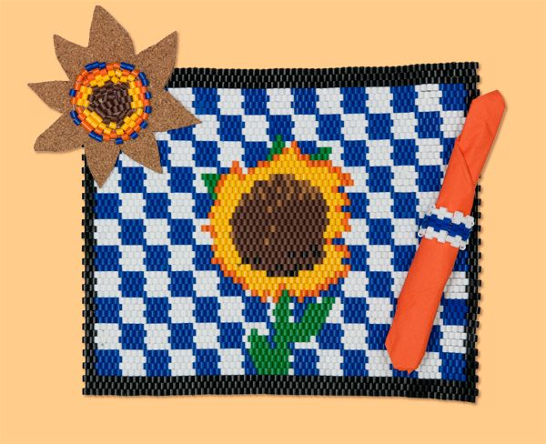 Sunflower Table Setting Perler Project Pattern (using Peyote Stitch and Perler Beads)