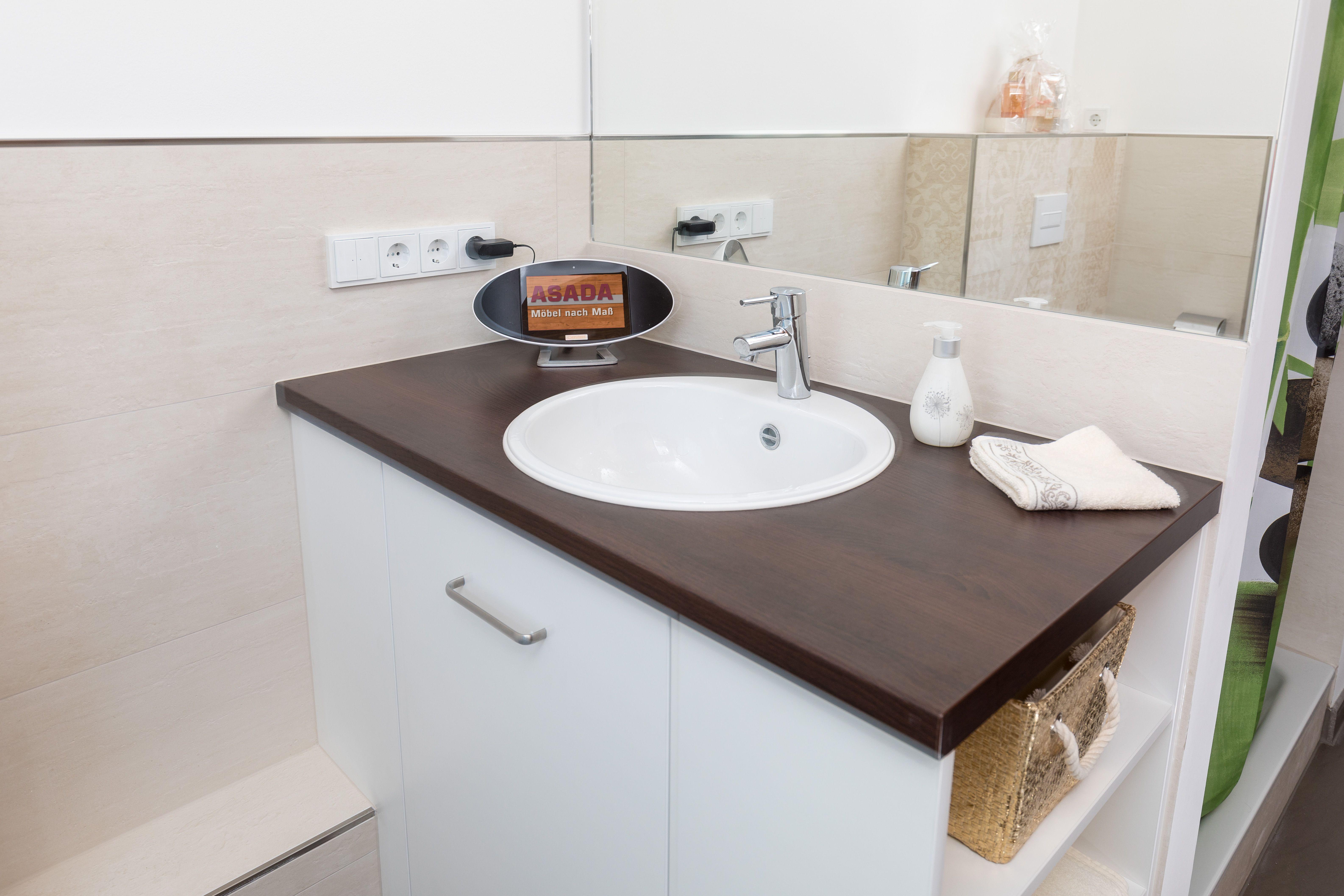Waschtischunterschrank Aus 19 Mm Holzwerkstoffplatte Feuchtraumgeeignet P5 V100 Abgedeckt Mit Einem 38 Mm Waschtischunterschrank Waschbecken Arbeitsplatte
