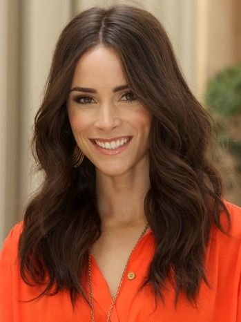 Mad Men Actress Abigail Spencer Heads To Oz Exclusive Hair Styles Hairstyle Abigail Spencer Hair