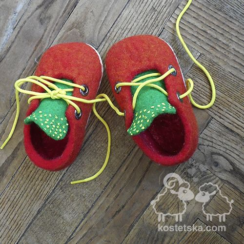 "Photo of Slippers ""Radіst"" – Clothing and accessories from wool"