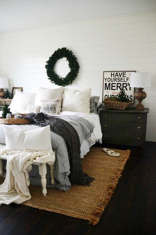 Charming Holiday Bedroom Decorating Ideas Part - 9: Christmas Decor