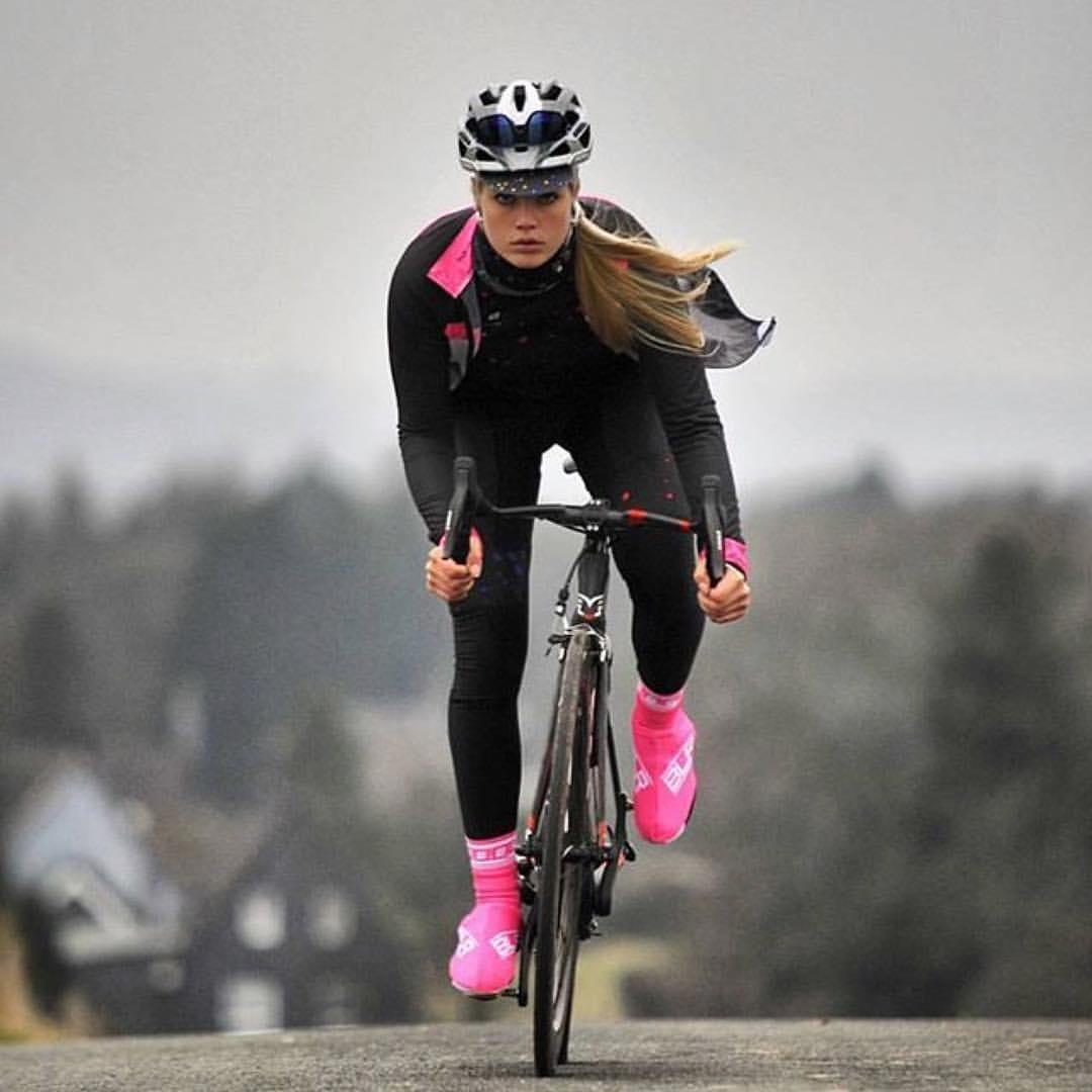 мазурук сумасшедшая велосипедистка картинки набережной