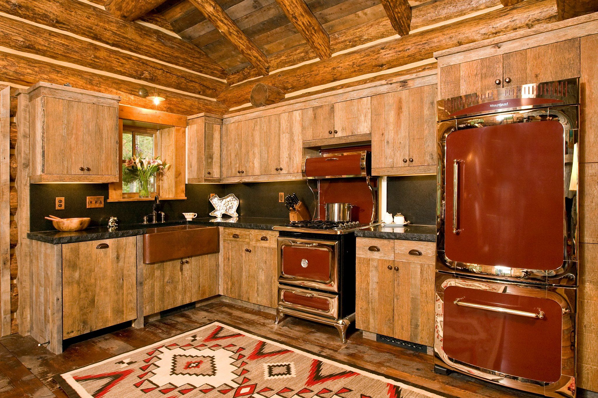 Coolest Kitchen I Have Ever Seen Wood Slat Cabinets And Retro Appliances I Would Change The Co Log Cabin Kitchens Rustic Cabin Kitchens Rustic Kitchen Design