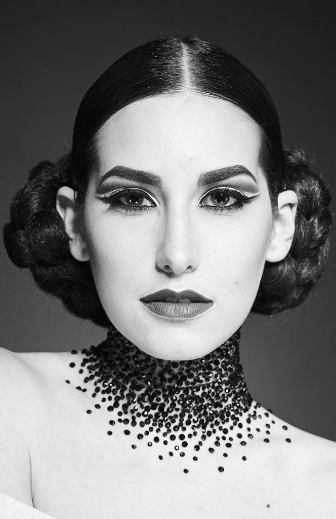 Fotografías Corresponntes A La Sesión Sobre Maquillaje Moda Blanco Y Realizado Por Los Alumnos Del