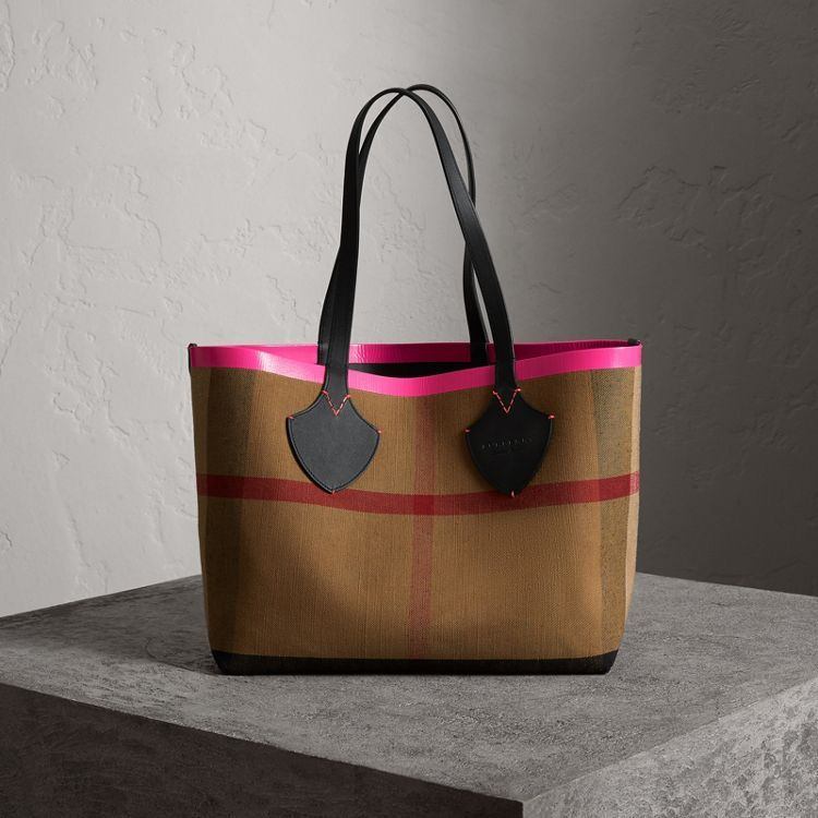 The Medium Giant Reversible Tote in Canvas and Leather in Black neon ... a1028d4a47