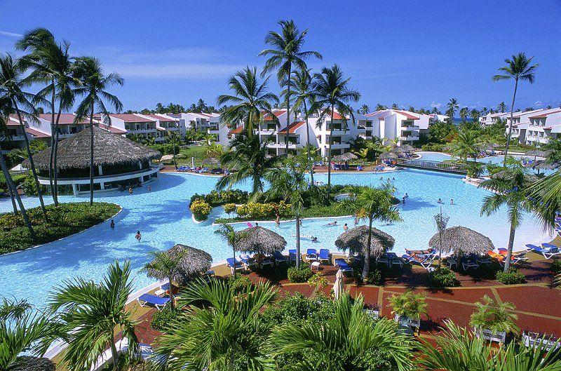 Swim Up Rooms In Punta Cana Punta Cana Punta Cana Dominican Republic Pool Hundido Swim Up Punta Cana Resort Punta Cana Vacations Dream Vacations