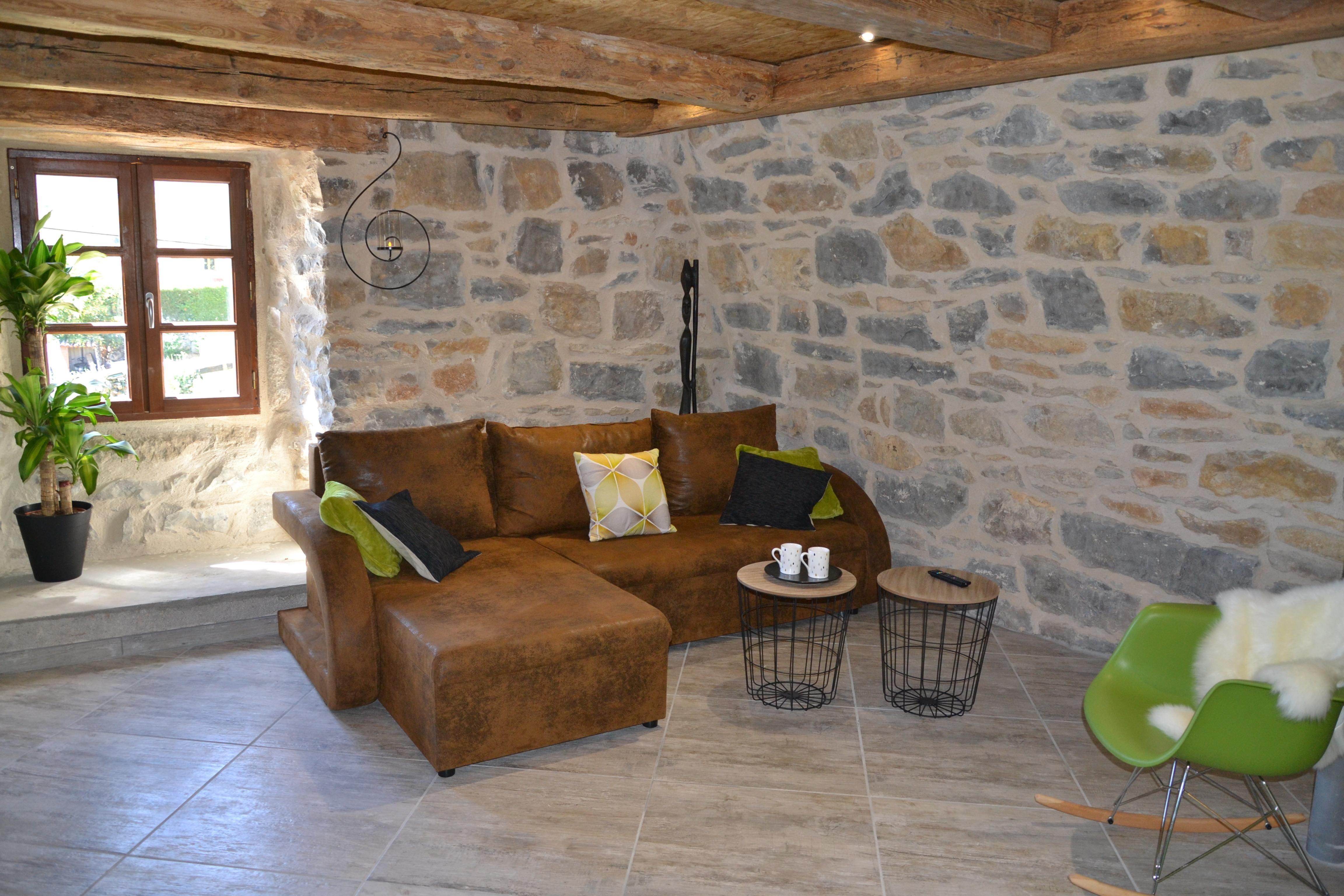 Épinglé Sur Gîte Avec Spa Privatif Sauna Piscine Aveyron