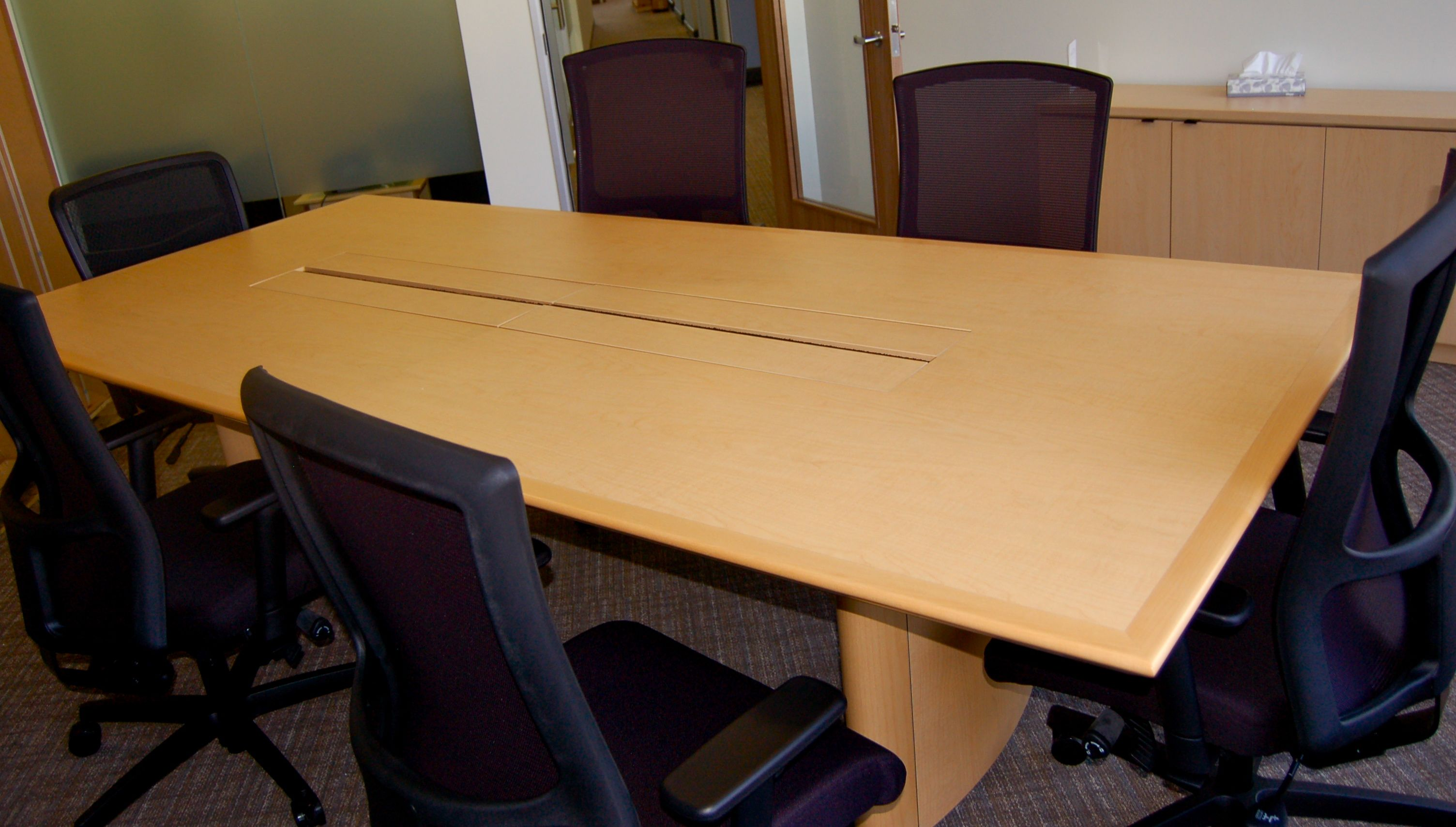 Wood conference chairs - Maple Wood Conference Room Table And Chairs