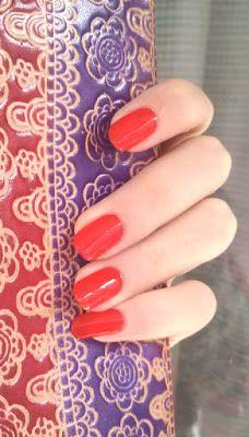 Лак для нігтів Astor 280 Mysterious Dawn nails polish #astor #nailpolish #manicure #rednails