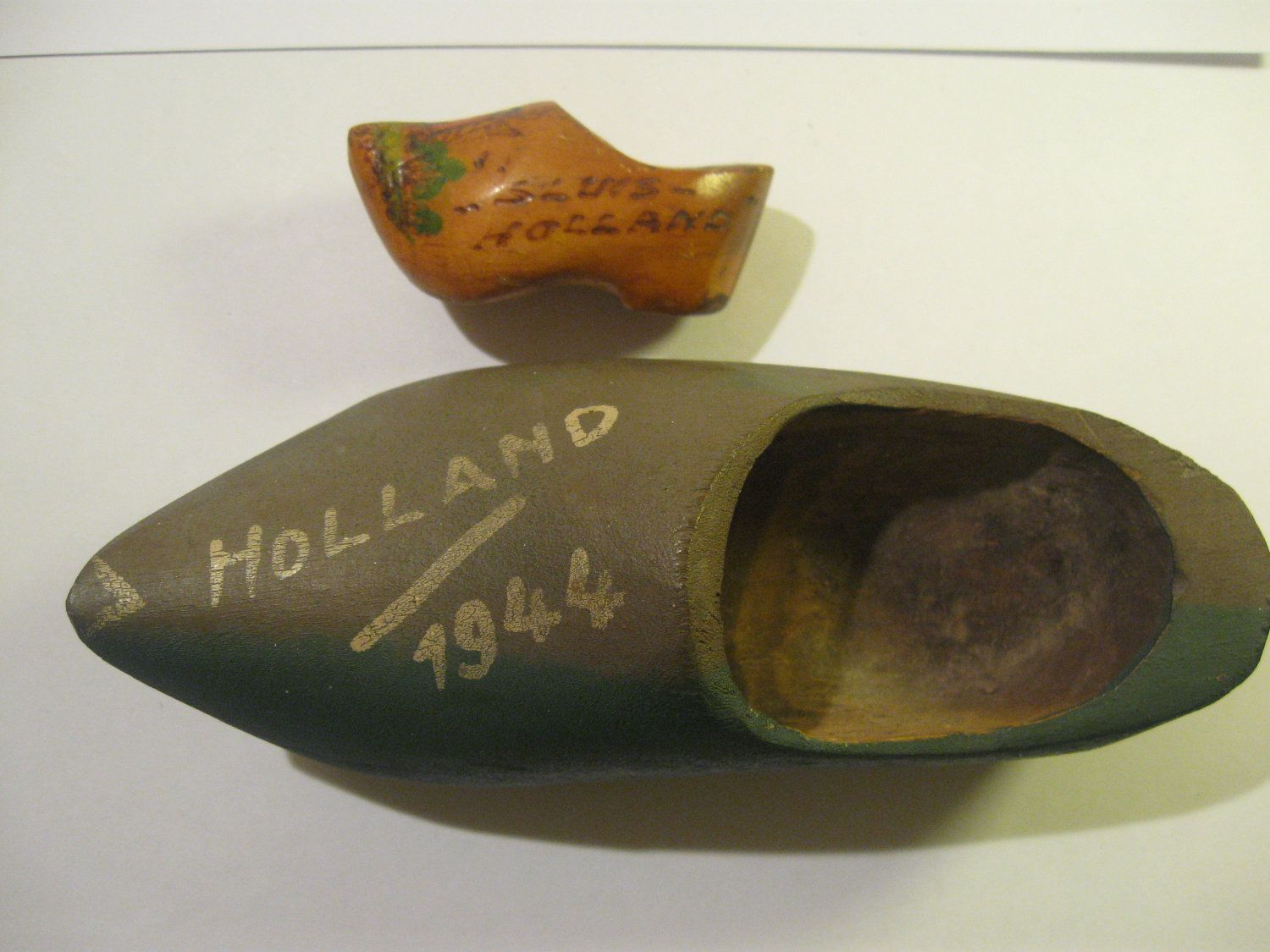 vintage 1944 sabot wooden shoe from holland wooden shoes