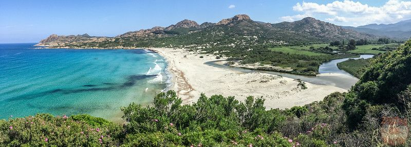 Les Plus Beaux Paysages De Corse En Photos De La Montagne A La Mer Les Plus Beaux Paysages Beau Paysage Paysage Corse