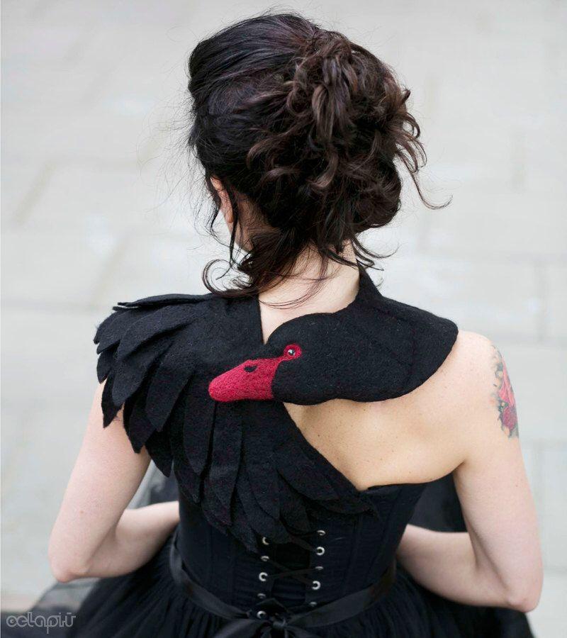 Black Swan - felted wool animal scarf, stole / shrug #feltedwoolanimals