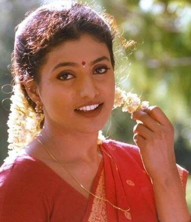 Are Nude photos of roja actress