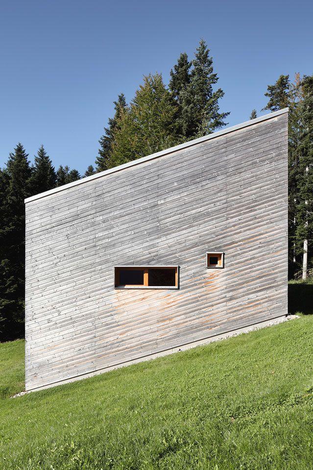 Captivating Krumbach: Ein Schräges Haus Am Hang Holzhütte Mit Ausblick: Für Seine  Eltern Hat Ein Stuttgarter Architekt Ein Naturnahes Ferienhaus Im  Vorarlbergischen ...