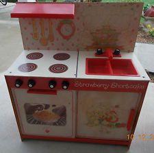 Vintage Strawberry Shortcake Kitchen Ebay